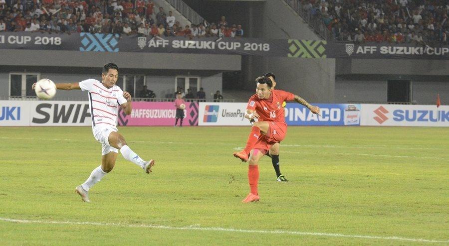 Malaysia, Myanmar dan 'lo bai' sau 2 chien thang nguoc tai AFF Cup hinh anh 2