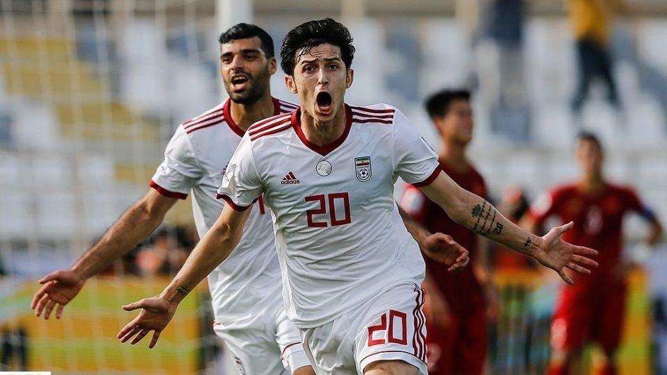 Sardar Azmoun,  doi tuyen Iran,  doi tuyen Viet Nam,  Asian Cup anh 2