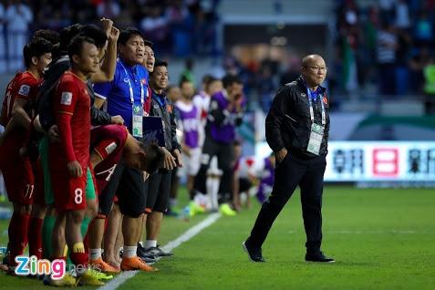 Bao Han Quoc: Asian Cup cho thay 'ma thuat' cua HLV Park Hang-seo hinh anh 3