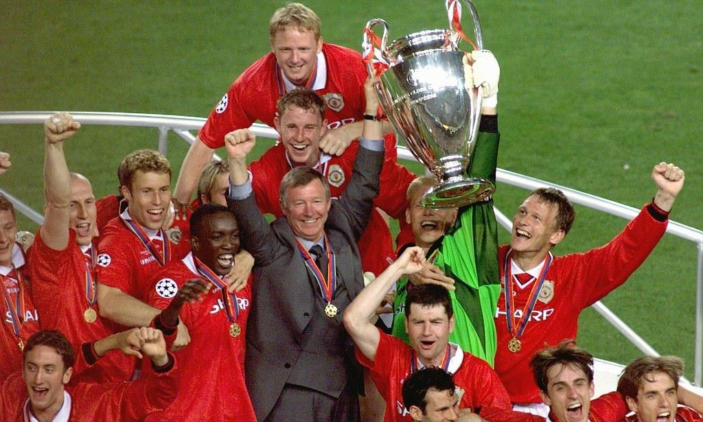 Manchester City,  Pep Guardiola,  Ngoai hang Anh,  Liverpool,  Manchester United anh 4