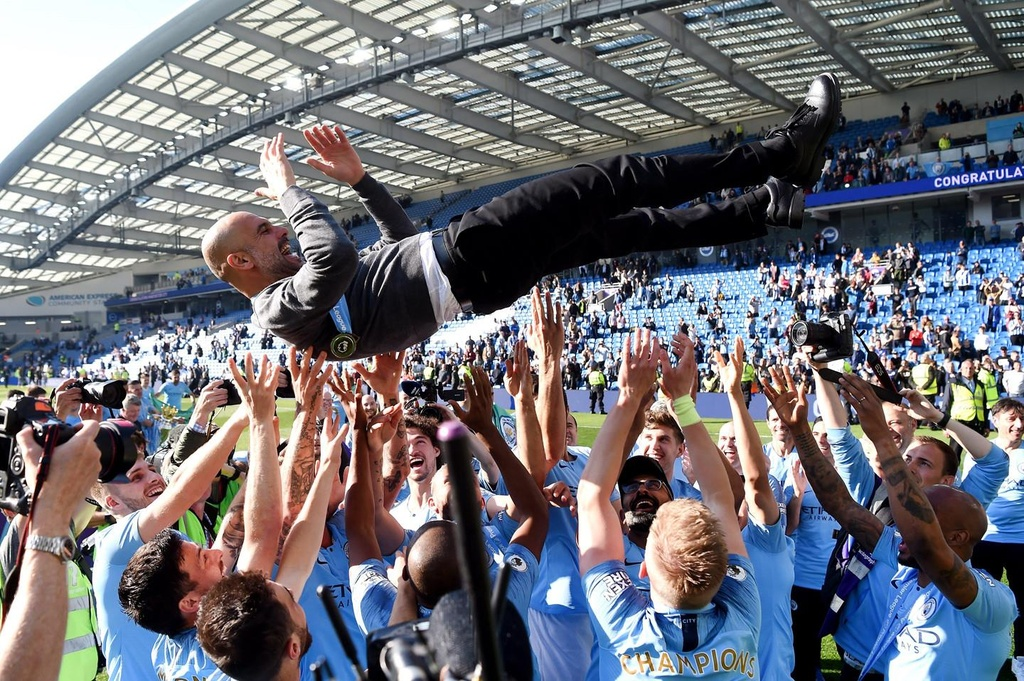 Manchester City,  Pep Guardiola,  Ngoai hang Anh,  Liverpool,  Manchester United anh 2