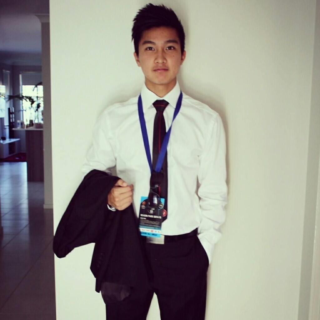 Martin Lo,  U23 Viet Nam,  cau thu Viet kieu,  Pho Hien FC,  SEA Games 30 anh 6