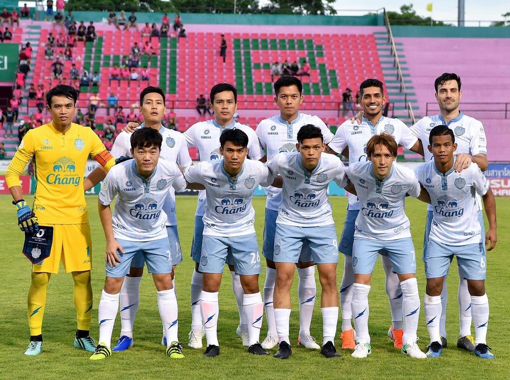 Luong Xuan Truong,  Buriram United,  doi tuyen Viet Nam,  King's Cup anh 1