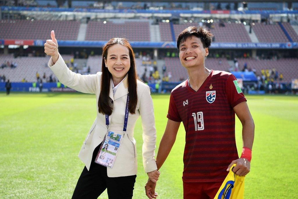 HLV Nualphan Lamsam,  doi tuyen nu Thai Lan,  World Cup nu 2019,  doi tuyen nu Thuy Dien anh 6