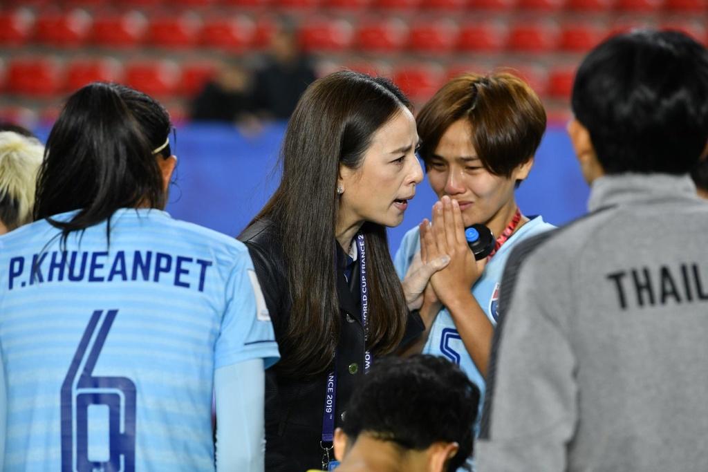 HLV Nualphan Lamsam,  doi tuyen nu Thai Lan,  World Cup nu 2019,  doi tuyen nu Chile anh 7