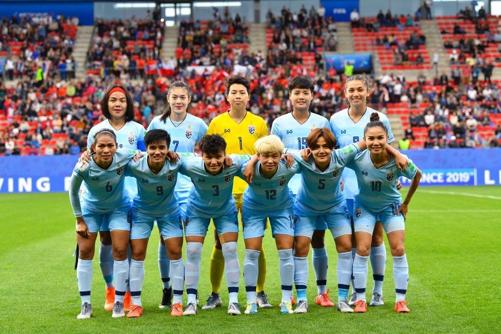 HLV Nualphan Lamsam,  doi tuyen nu Thai Lan,  World Cup nu 2019,  doi tuyen nu Chile anh 1