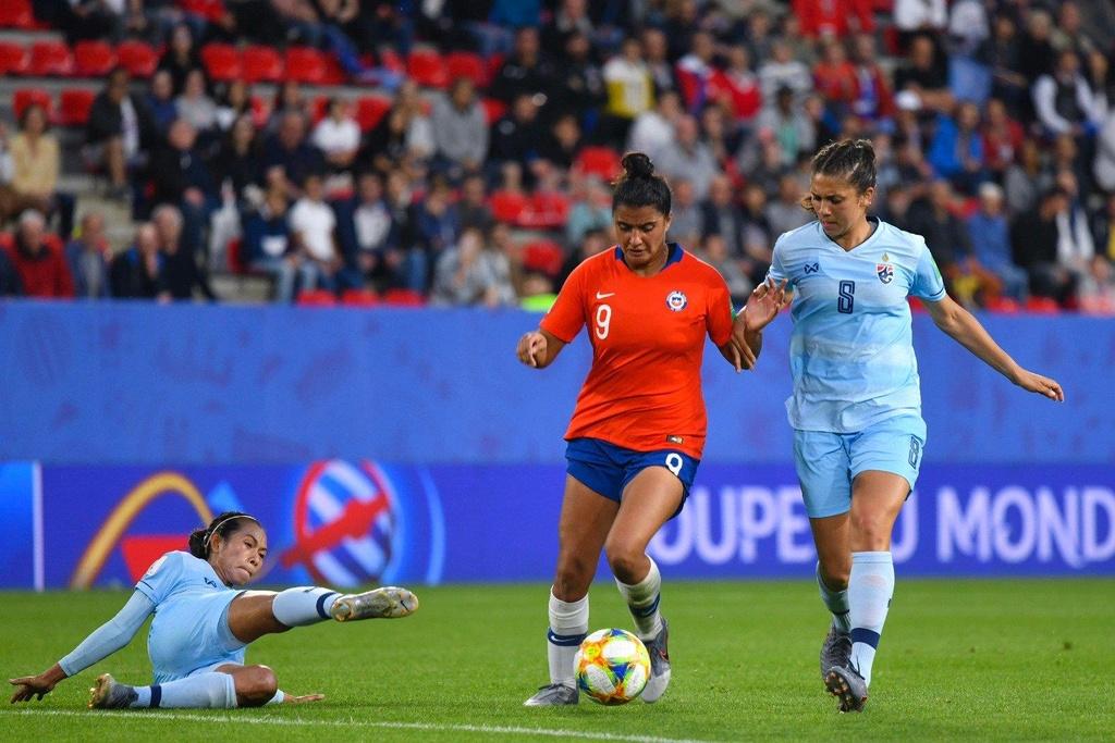HLV Nualphan Lamsam,  doi tuyen nu Thai Lan,  World Cup nu 2019,  doi tuyen nu Chile anh 3