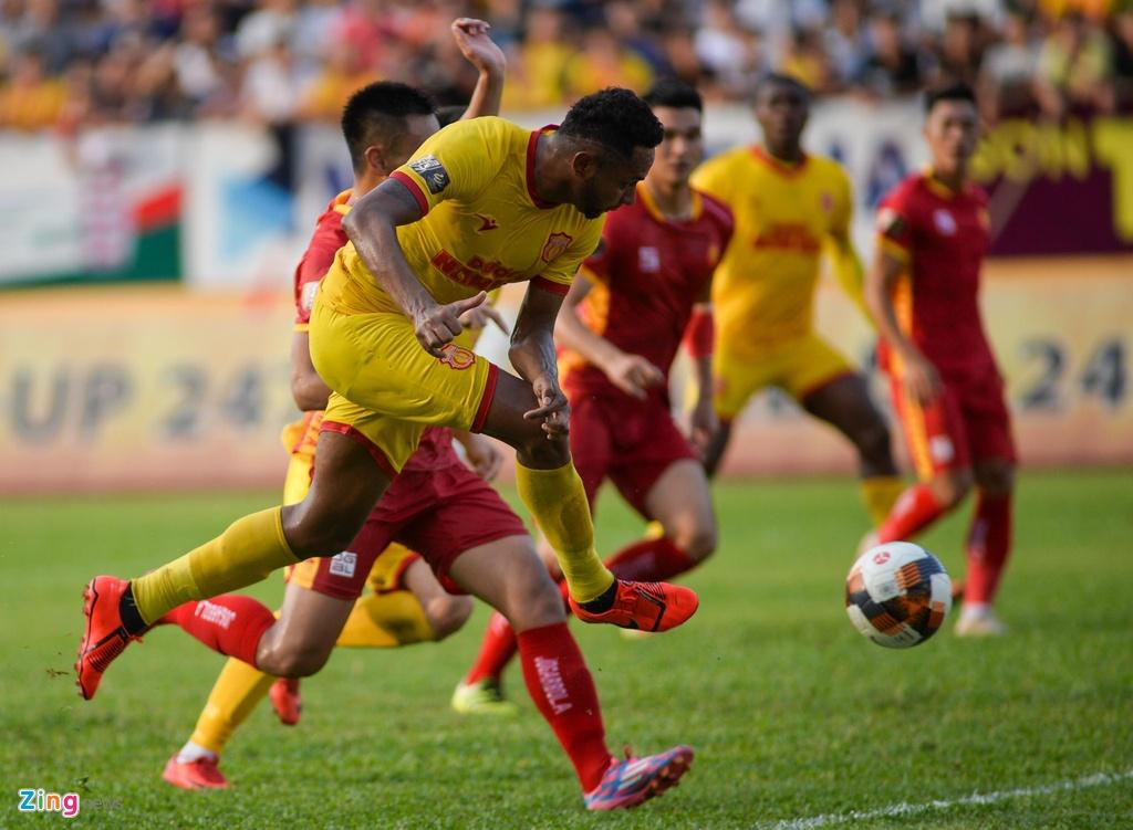 Diogo Pereira,  Gustavo Almeida dos Santos,  Paul Pogba,  Gordon Rimario,  Dinh Van Truong,  Pham Van Hoi,  CLB Nam Dinh,  CLB Thanh Hoa,  V.League anh 6