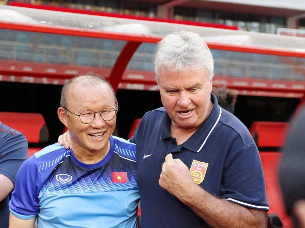 U22 Viet Nam vs Trung Quoc - ngay ong Park gap lai Hiddink hinh anh 1
