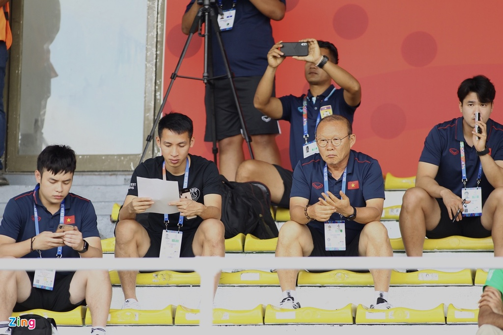 HLV Park Hang-seo den san nghien cuu U22 Thai Lan doi dau Indonesia hinh anh 2