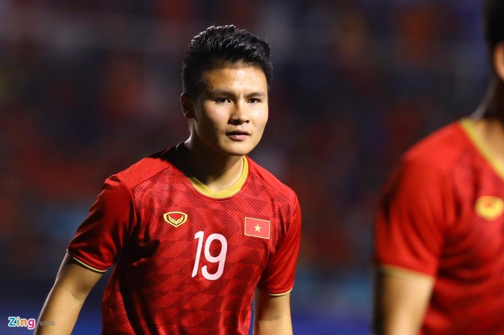 Quang Hai khoi dong cung U22 Viet Nam truoc chung ket hinh anh 1