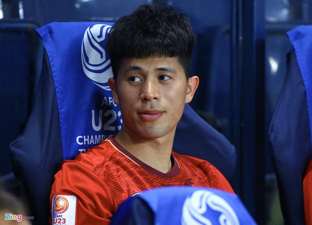 Ban gai Hoang Duc den co vu U23 Viet Nam doi dau Jordan hinh anh 6 trong_zing.jpg