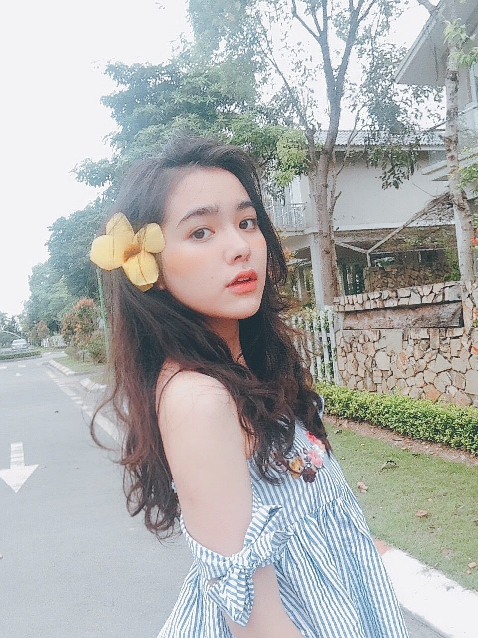 Nhan sac cua nu sinh Tran Phu mang 3 dong mau Thai - Viet - Trung hinh anh 10