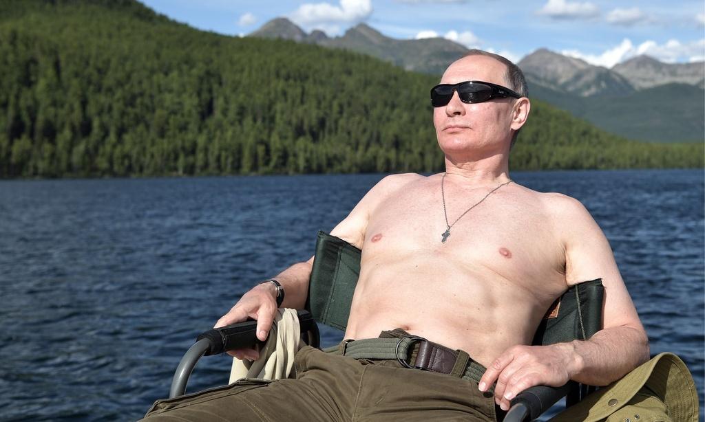 TT Putin nguc tran cau ca trong chuyen nghi mat tai Siberia anh 1