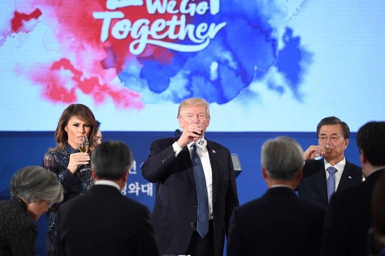 Trump tham Han Quoc anh 4