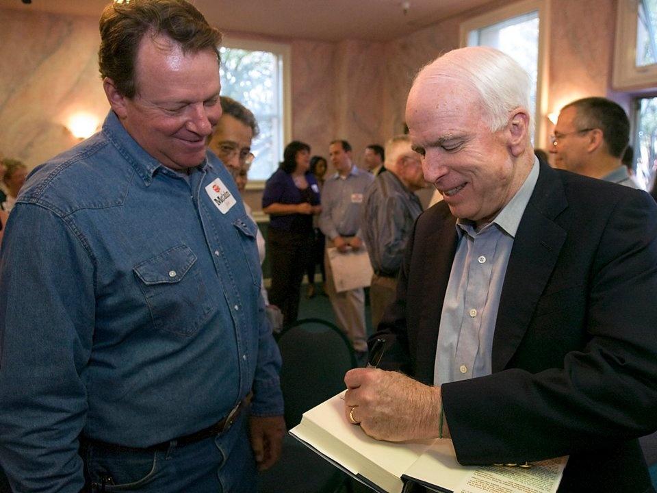 Khoi tai san 200 trieu USD cua TNS John McCain den tu dau? hinh anh 12