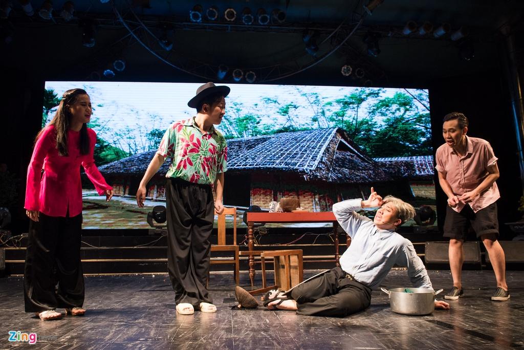 4.000 khan gia doi mua xem show Tran Thanh, Truong Giang hinh anh 6