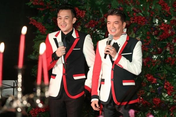 Dam Vinh Hung va chieu tro quen thuoc truoc moi live show hinh anh 2