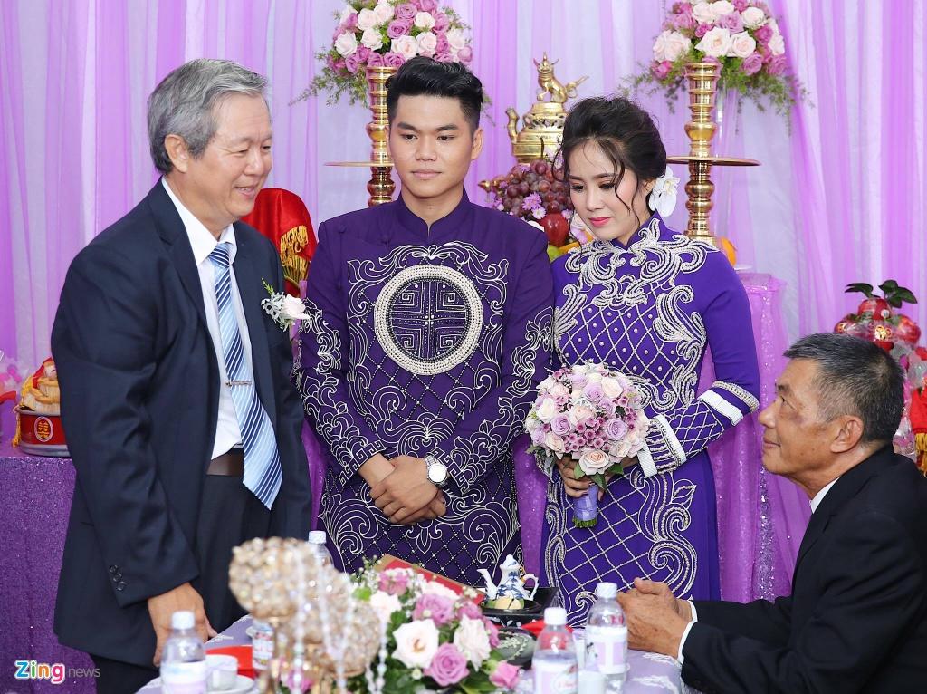 Le Phuong rang ngoi trong le cuoi lan hai o Tra Vinh hinh anh 7
