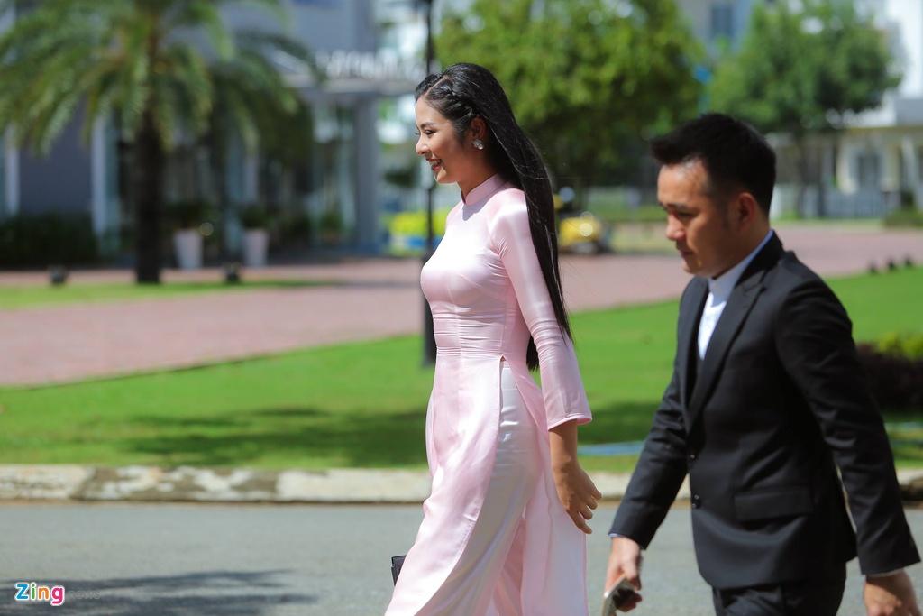 Hoa hau Ngoc Han tuoi tan lam phu dau cho Dang Thu Thao hinh anh 2