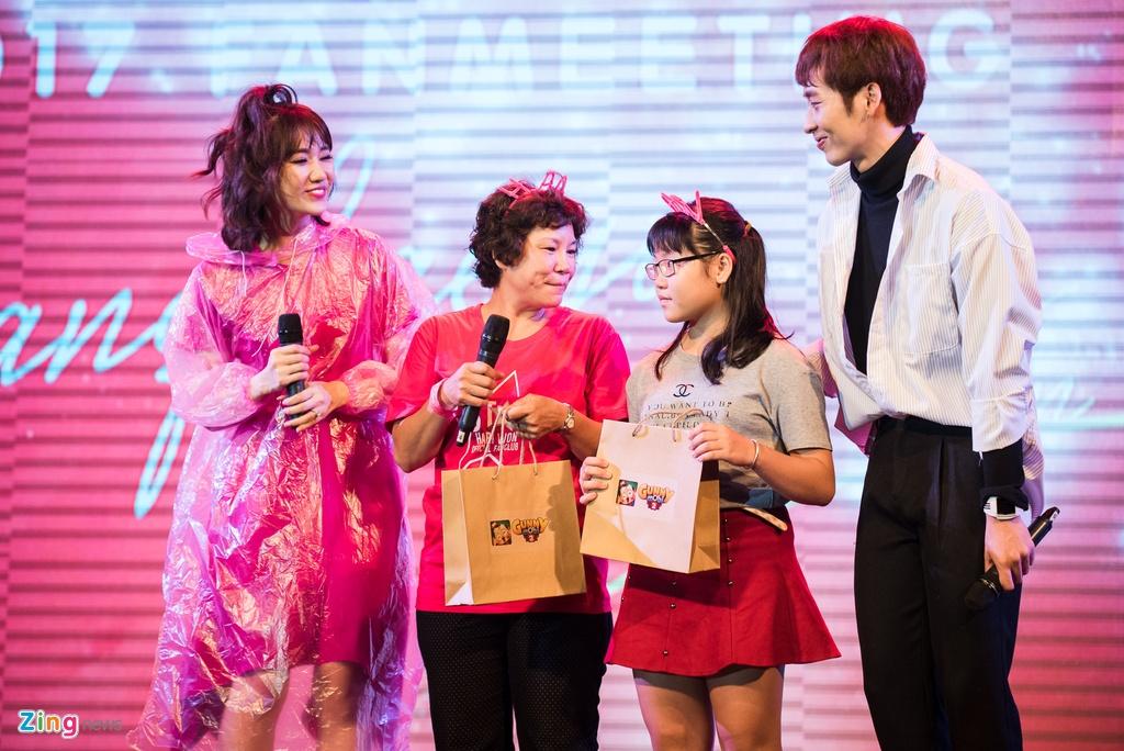 Hari Won: 'Toi thich lam viec, chua muon sinh con' hinh anh 5