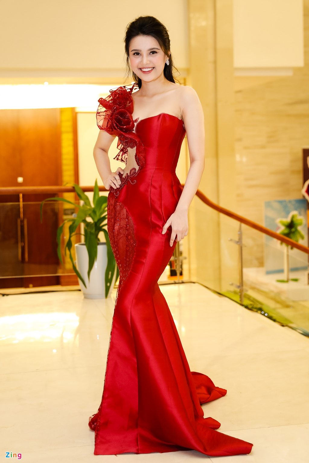 Do My Linh duoc me thap tung di cham thi Hoa hau Viet Nam 2018 hinh anh 3