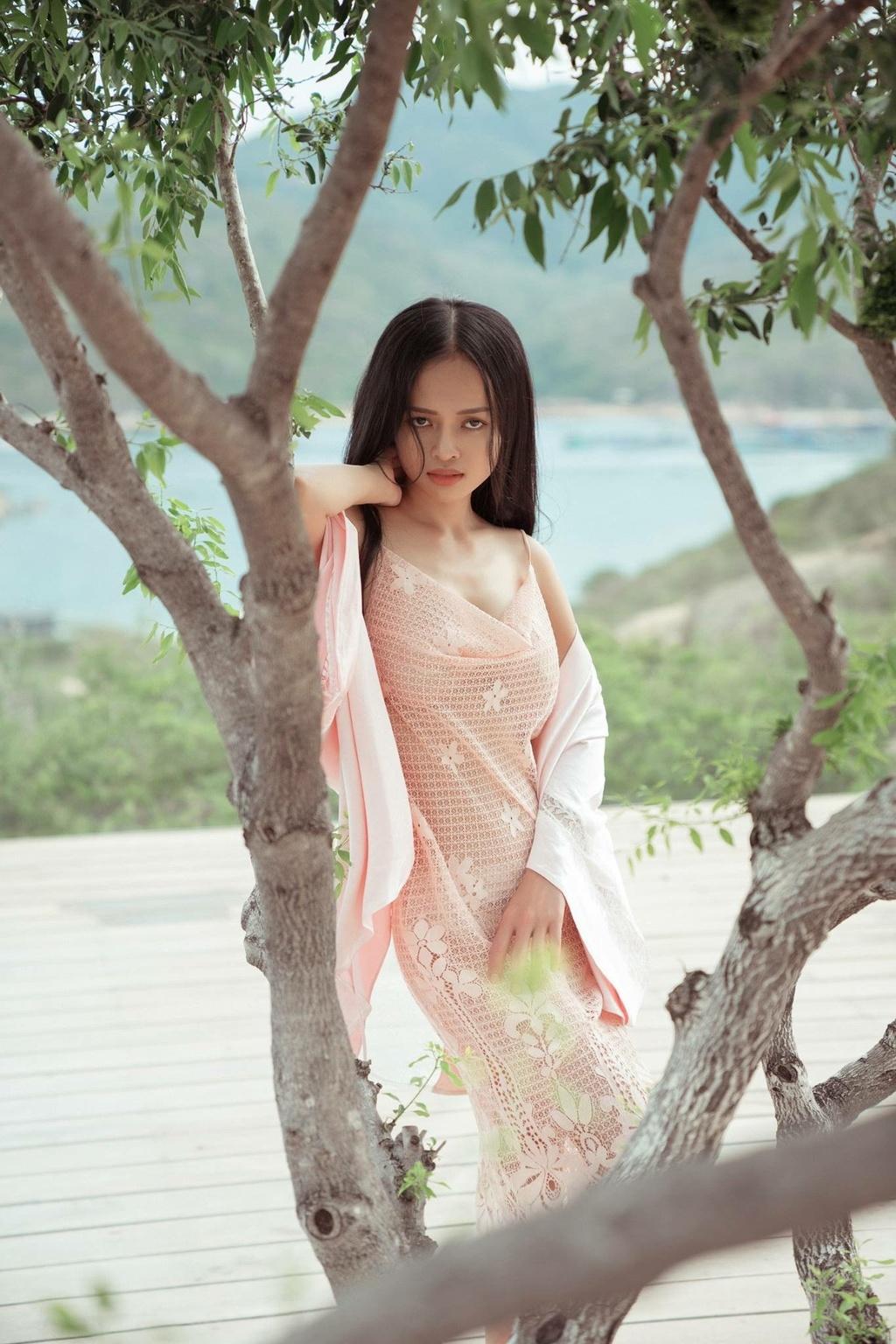 Thanh Truc: 'Sai lam lon nhat cua toi la yeu dien cuong dan ong co vo' hinh anh 2