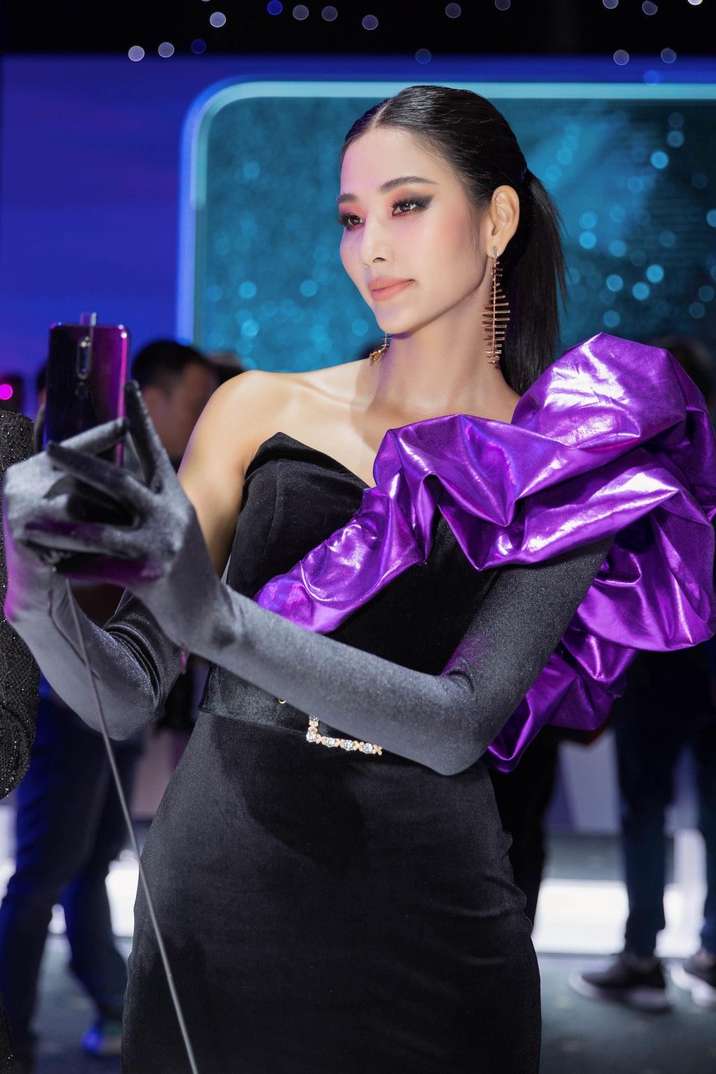 Hoang Thuy: 'Thanh cong cua H'Hen Nie khong lam toi so hai' hinh anh 2