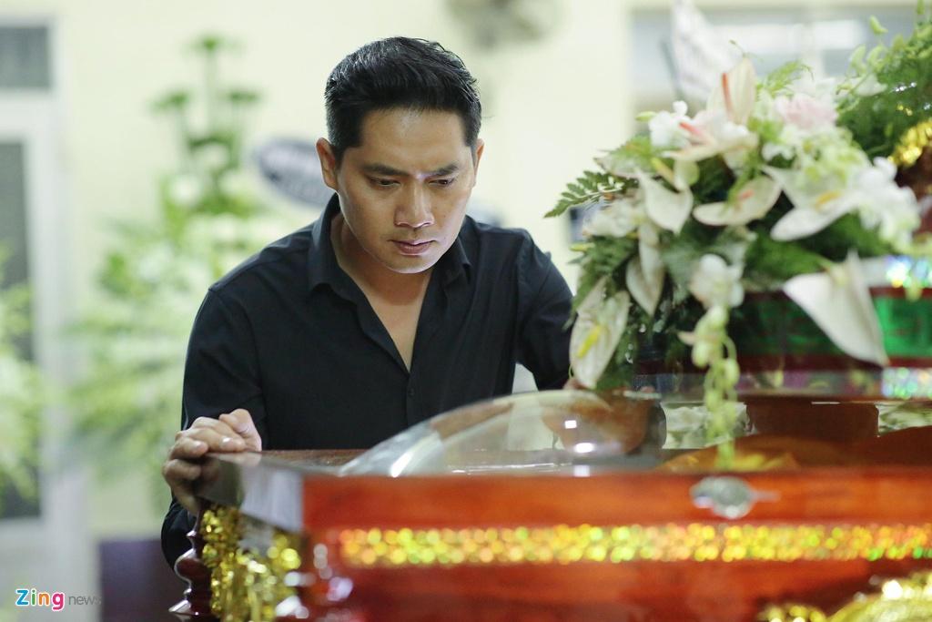 Hung Thuan 'Dat phuong Nam' va cac dien vien tien biet nghe si Le Binh hinh anh 13