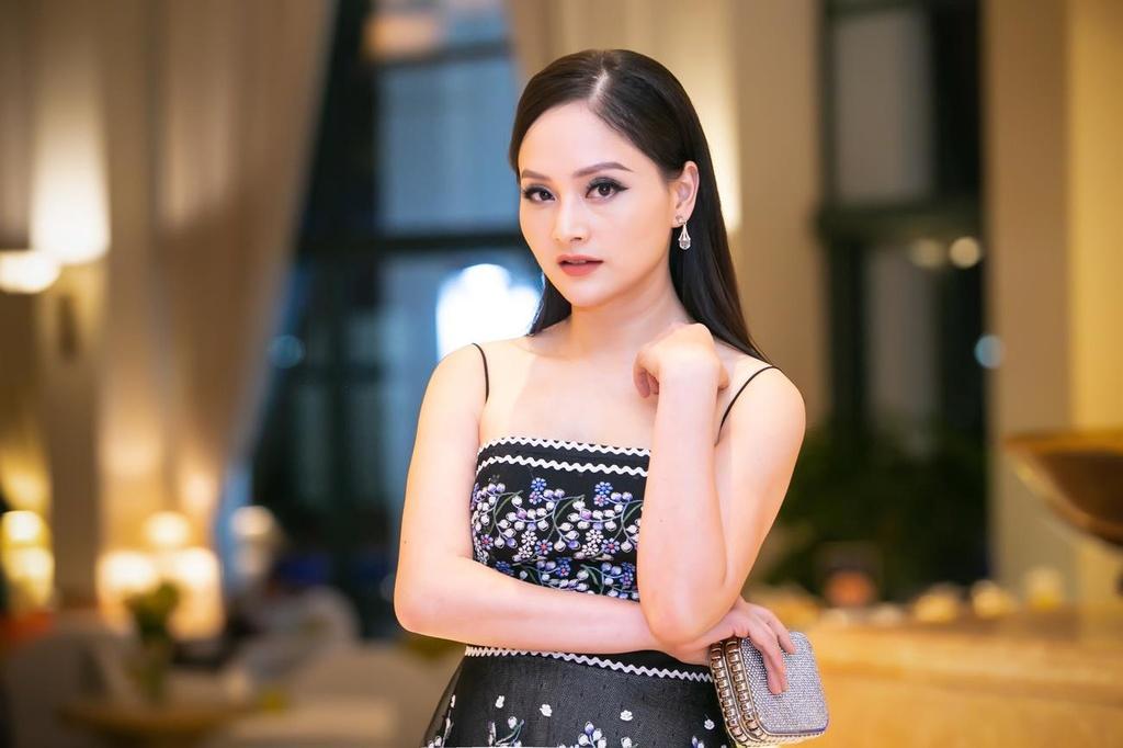 Lan Phuong va cuoc song voi chong Tay anh 1