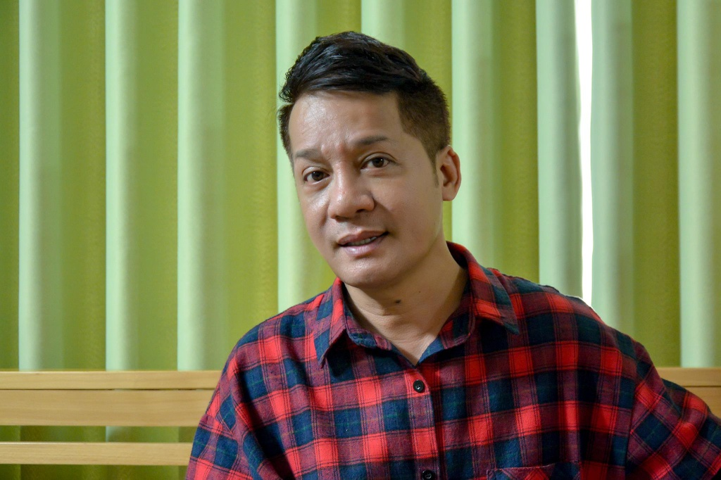 Minh Nhi: 'Giau nhu Hoai Linh, Truong Giang lam nghe van chiu cuc kho' hinh anh 1