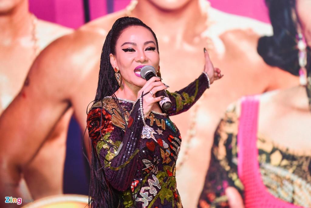 Thu Minh ngoi kieu, duoc khieng vao buoi cong chieu MV 'Toi la diva' hinh anh 9