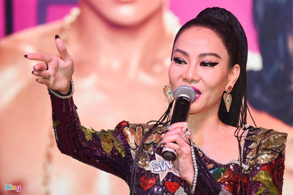 Thu Minh ngoi kieu, duoc khieng vao buoi cong chieu MV 'Toi la diva' hinh anh 10