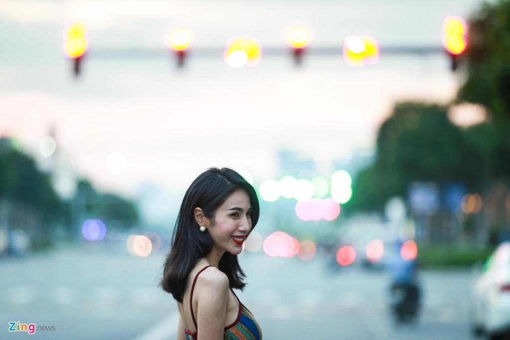 Thuy Tien so huu biet thu, xe sang va hang chuc ty o tuoi 34 hinh anh 3