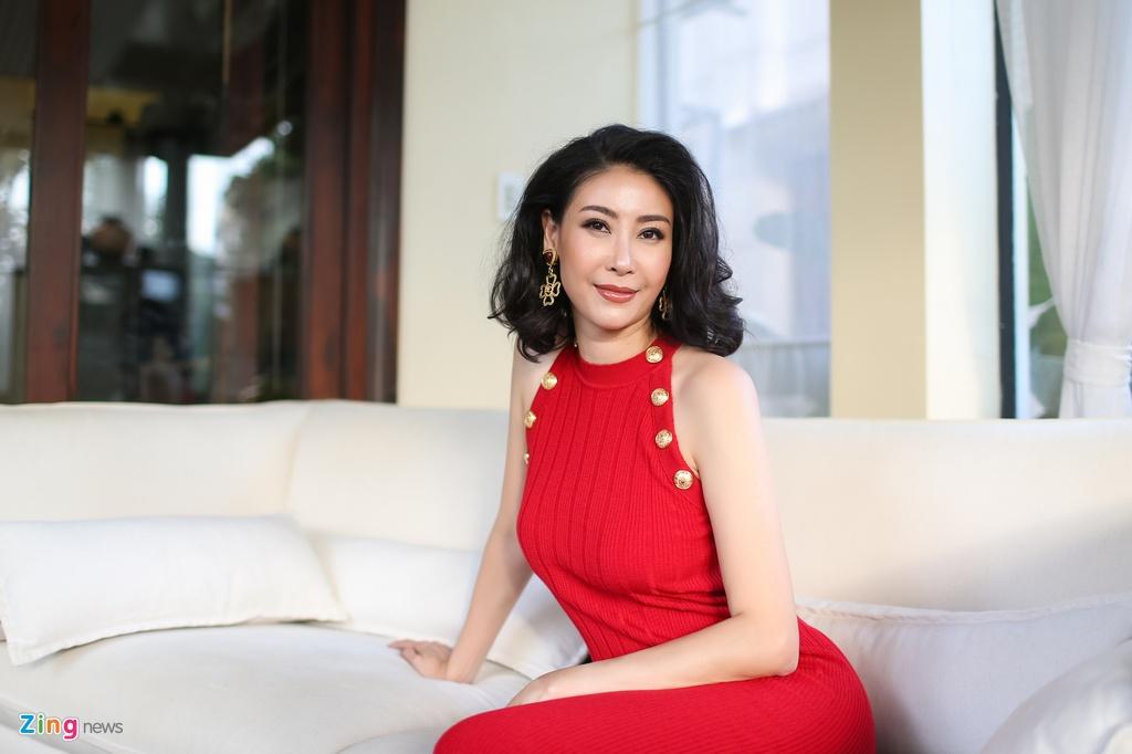 Ha Kieu Anh dong canh nong voi Chi Bao anh 5