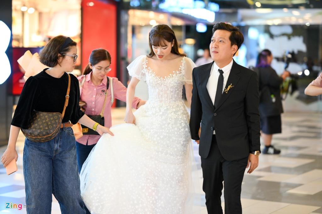 Truong Giang, Nha Phuong cham soc nhau truoc ong kinh hinh anh 3 NGUYEN_BA_NGOC_zing_9490.jpg