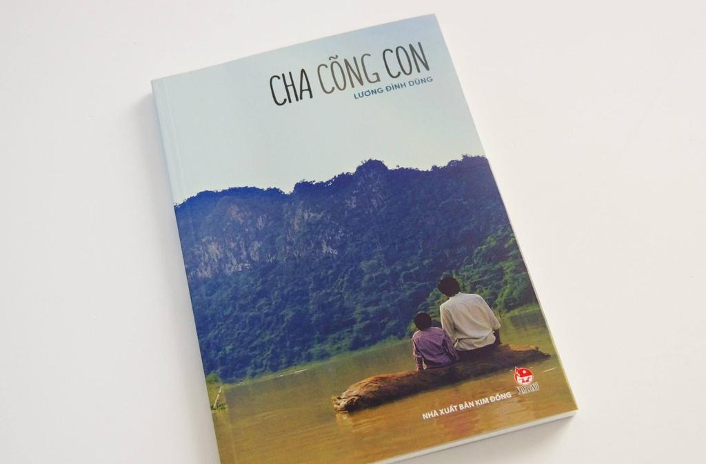 'Cha cong con': Tu su cam dong tren trang viet cua Luong Dinh Dung hinh anh 1