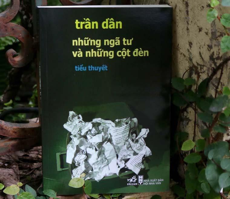 Nha van Tran Dan va nhung tac pham gay choang ngop khi tro lai hinh anh 3