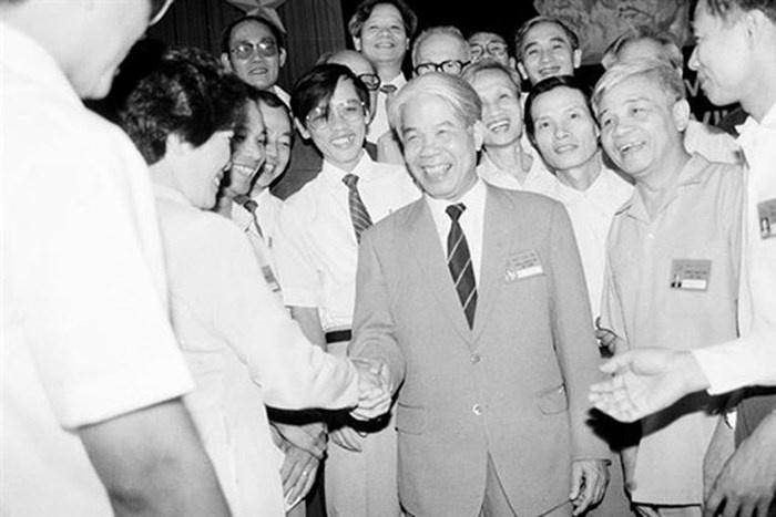 Nguyen Tong bi thu Do Muoi - nguoi vua lo Doi moi, vua giu che do hinh anh 1
