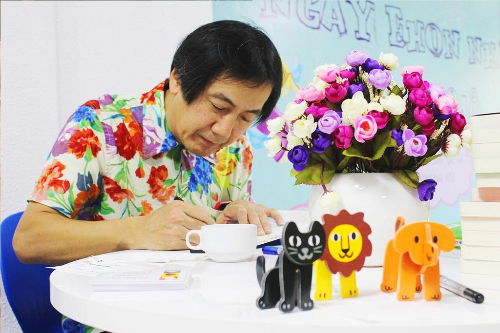 Ishikawa Koji noi ve ich loi cua doc sach anh 4