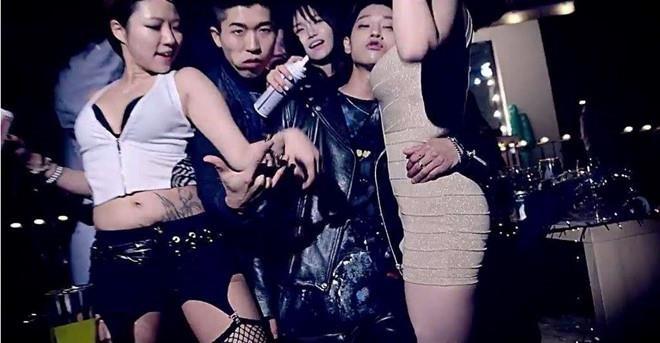 Kpop khong chap nhan 'trai hu', toi ki scandal tinh duc hinh anh 2