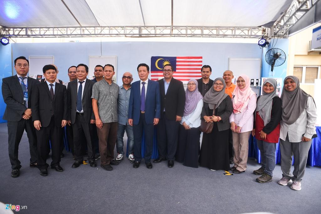 Gap go tai Ha Noi, gioi xuat ban ASEAN ban cach phat trien hinh anh 2