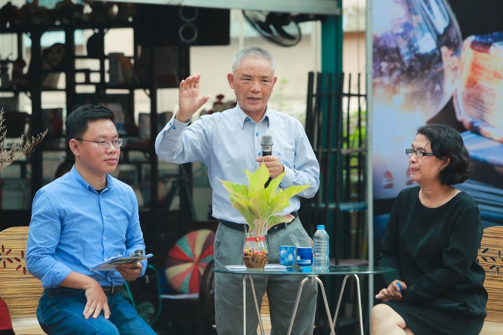 Nha phe binh Vuong Tri Nhan va giac mo ve nhung 'ong trum xuat ban' hinh anh 2