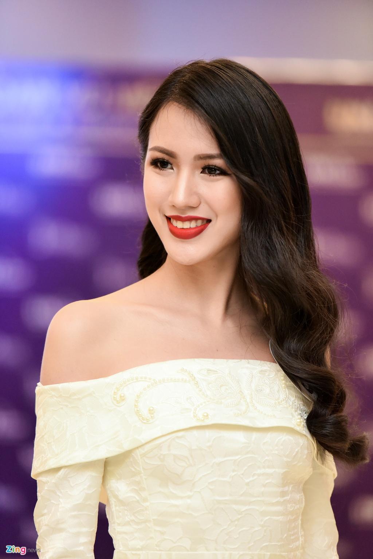 Nhan sac thi sinh Hoa hau Hoan vu Viet Nam truoc dem chung ket hinh anh 3