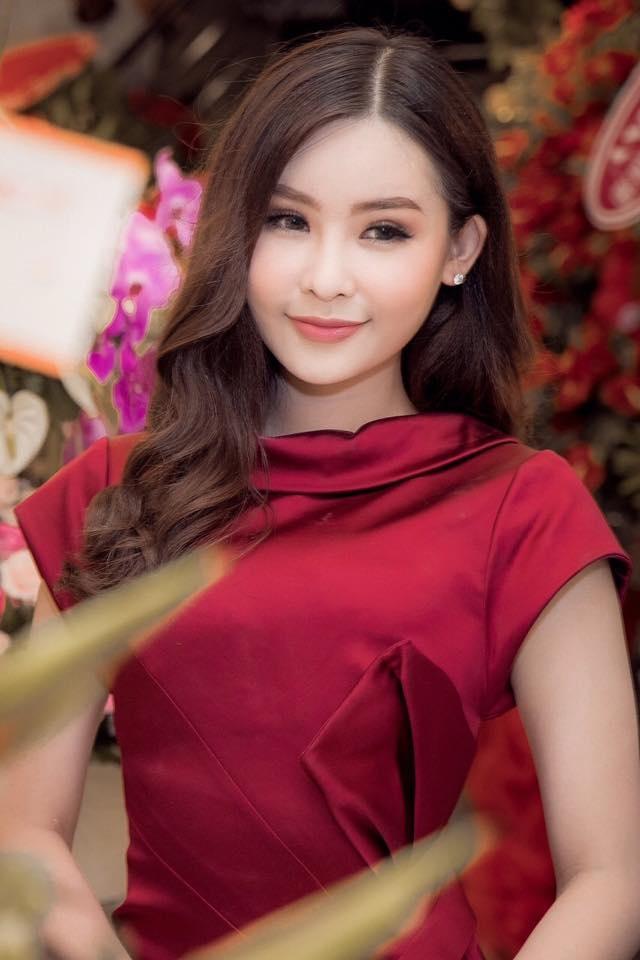Hai thang doi vuong mien day song gio cua Hoa hau Dai duong Ngan Anh hinh anh 16
