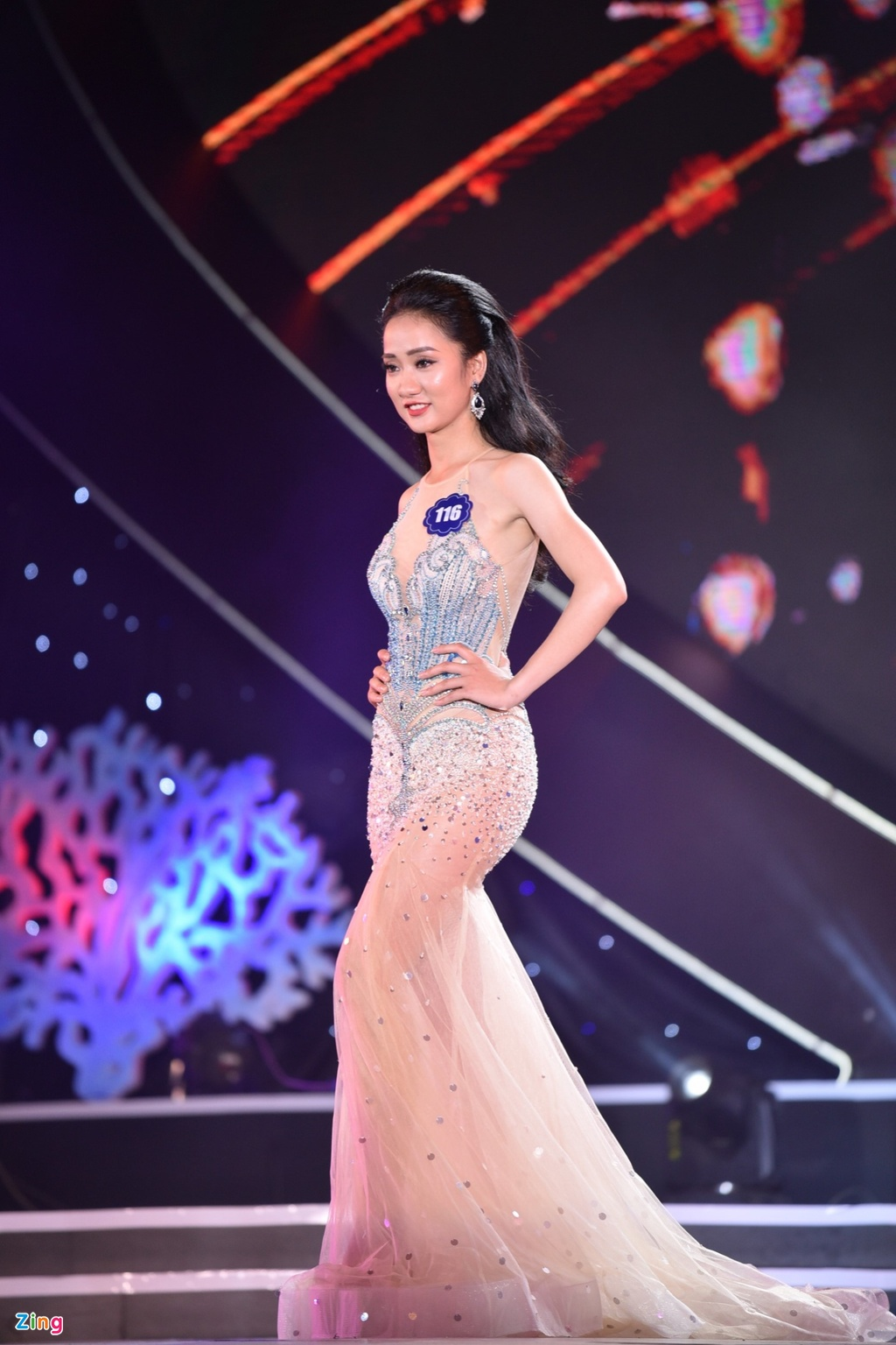 Chung ket Hoa hau Bien Viet Nam: Co gai Tien Giang 19 tuoi len ngoi hinh anh 18