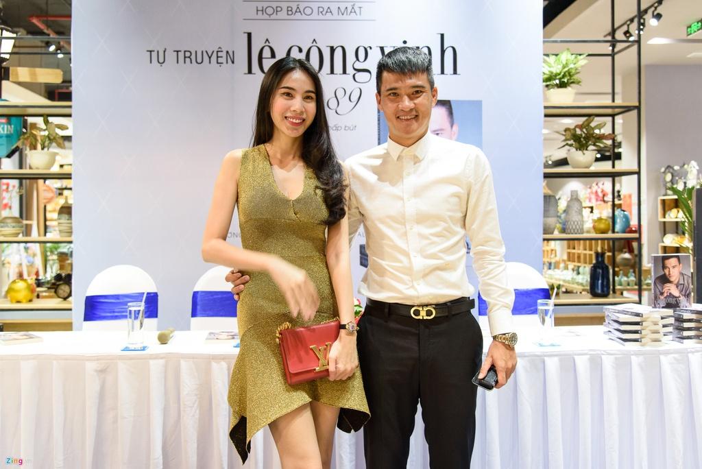 Thuy Tien co can thiep sau vao tu truyen gay tranh cai cua Cong Vinh? hinh anh 1