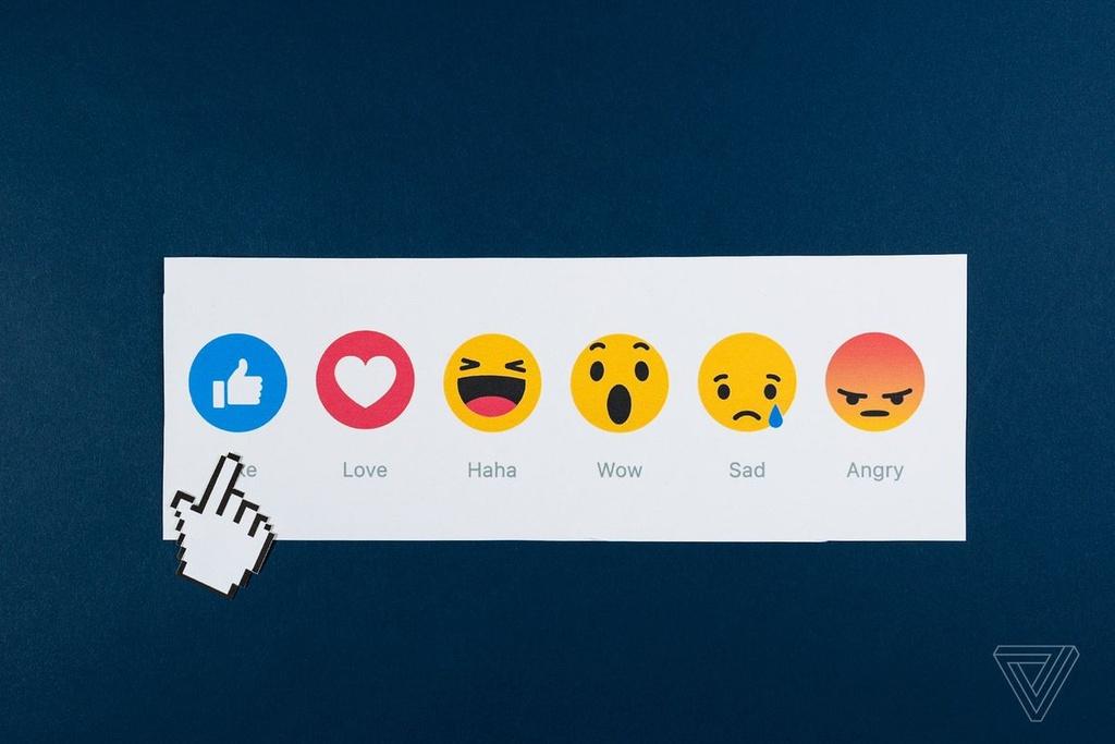 'Facebook khien ai cung ao tuong minh co hang trieu khan gia' hinh anh 3