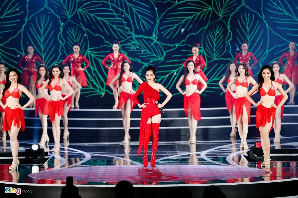 Nguoi dep Hoa hau Viet Nam 2018 dien bikini do ruc trinh dien hinh anh 13