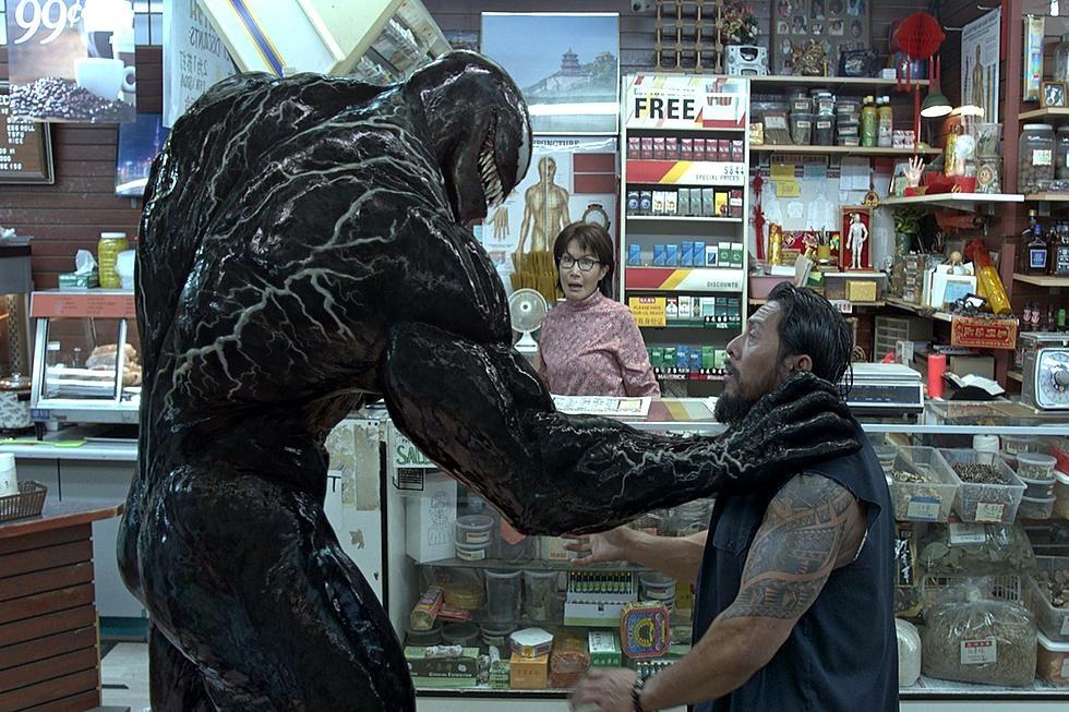 Vi sao bom tan ky luc 'Venom' chia re khan gia va gioi phe binh? hinh anh 2
